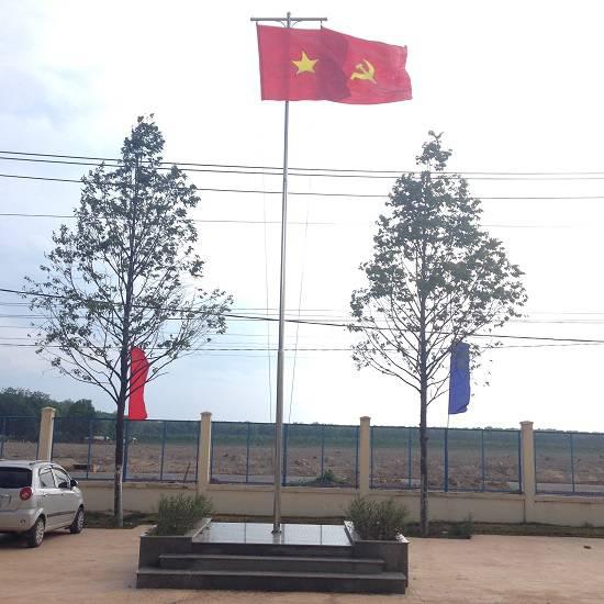 Cột cờ Inox tại trường học